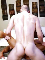 Clark Bates FUCKS Muscle STUD Sean Costin