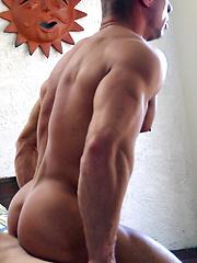 Fit Jock Nick Paul FUCKS Bodybuilder Sean Costin